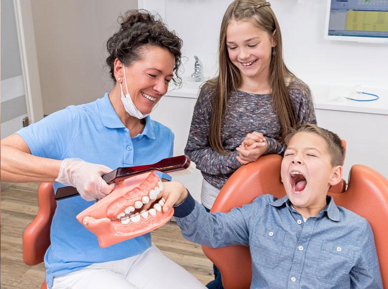 Zahnreinigung bei Kindern